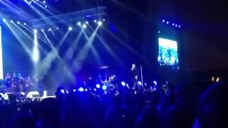 2 Apiadate de mi - Victor Manuel en Juntos en concierto 8