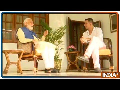 क्या PM Modi को माँ और परिवार के साथ समय बिताने का मन नहीं करता ? Akshay Kumar ने पुछा सवाल