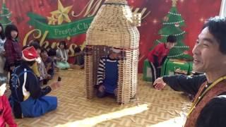 おもちゃ美術館の木育キャラバンでは定番のイベント「積み木崩し」 長い...