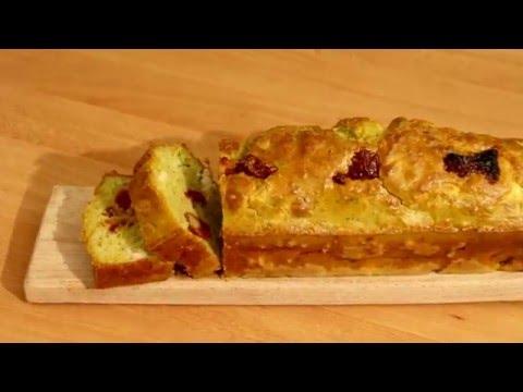 cake-au-pesto,-chèvre-&-tomates-séchées