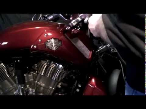 Harley V-rod Main Fuseavi - YouTube