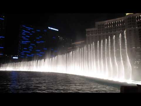 Fountains of Bellagio - Luck Be a Lady (Frank Sinatra)