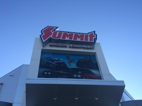 Heres A Little Look Inside Summit Racing In Ohio