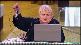 Батьки не можуть розібратись як включити ноутбук. Чи допоміг син мамі? смішні відео гуморески