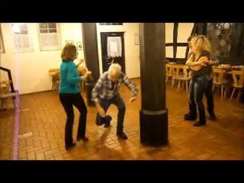 Tanzen am Krückstock.