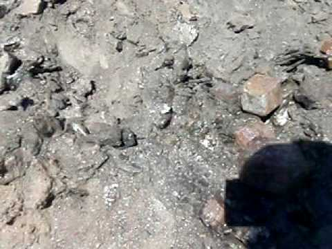 Digging for Giant Garnet crystals, Broken Hill. NSW, Australia... Pt2