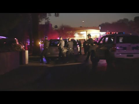VIDEO: Police situation at the scene of a Phoenix house fire