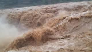 Хуанхэ. Могучая река, которая создала Китай. Посмотрите и поймете, почему ее называют Желтой.