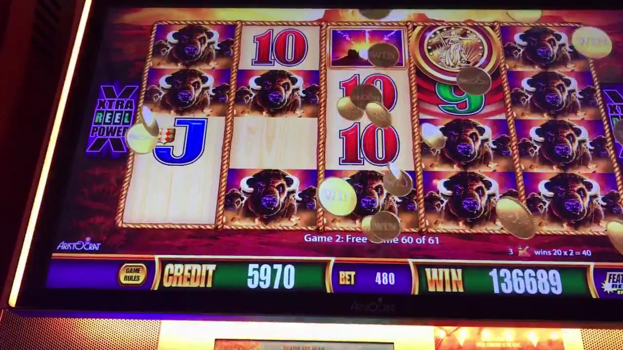 Wild Buffalo Slot Machine