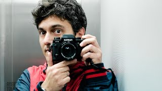 Cómo fotografiar con solo una cámara y un objetivo te hará mejorar