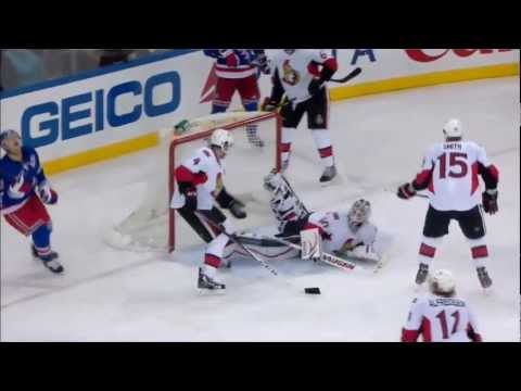 Robin Lehner denies Derek Stepan (Ottawa Senators vs New York Rangers Mars 8, 2013) NHL HD