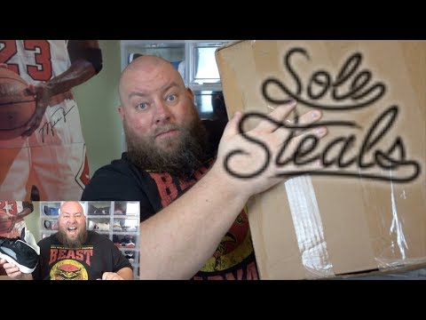 UNBOXING THE MOST INSANE SOLE SUPREMACY 25 POUND MYSTERY BEATER BOX EVER + CRAZY SNEAKERS INSIDE!