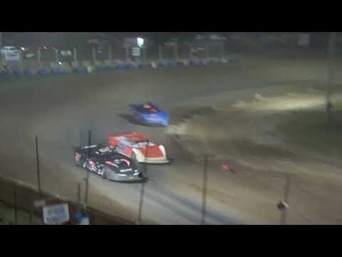 Late Model Feature Race at Crystal Motor Speedway, Michigan, on 08-04-2018.