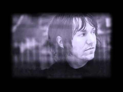 Unreleased Elliott Smith 'Christian Brothers' version surfaces