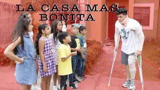 LA CASA MAS BONITA GANA 300