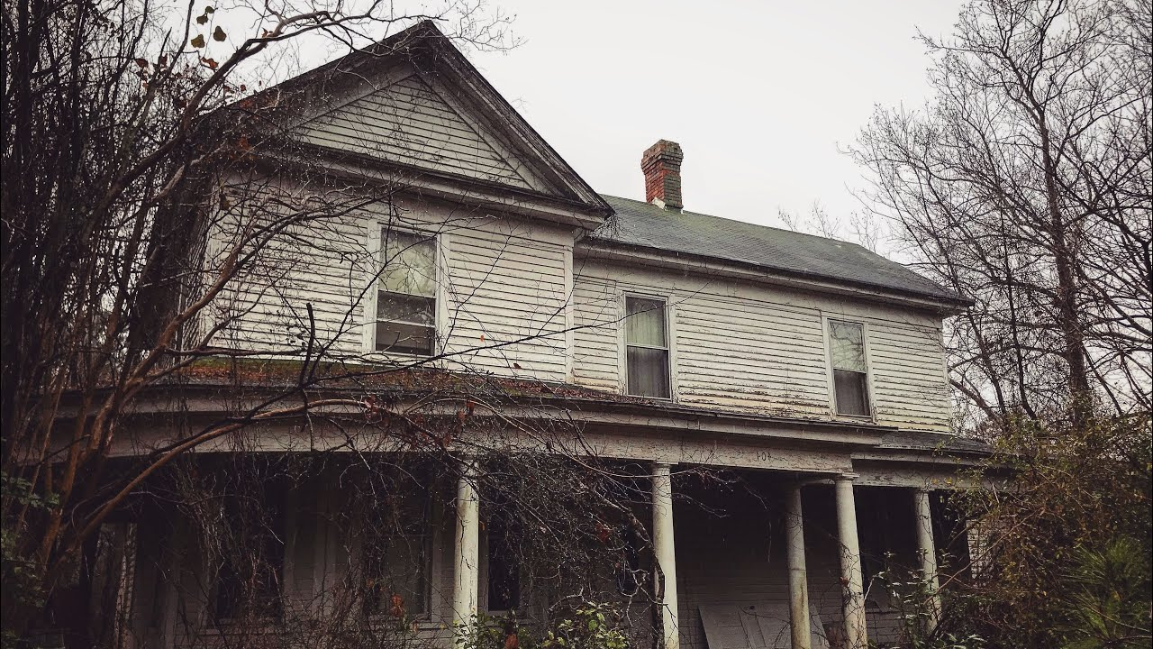 Eerie Abandoned Southern Farm House built in the 1880's