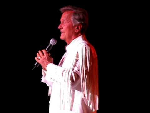 "Pat Boone Sings ""Love Letters In The Sand"" April 2009"