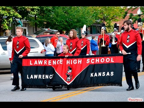 Lhs Marching Lions Fight Song Parade Day