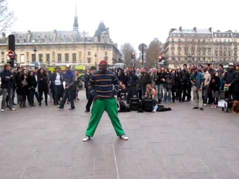 Street Dance in Paris (near Metro Saint Michel)