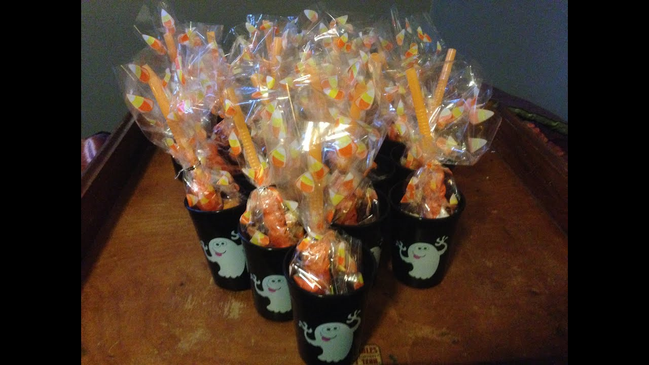 easy and cheap preschool halloween treat bags non food youtube