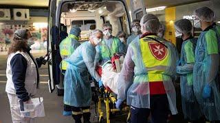 Во Франции за сутки скончался 471 пациент с COVID-19