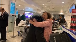 VLOG: MEETING MY MOM AFTER YEARS ......🇩🇿🇨🇦 (لقاء مع ماما بعد فراق طويل (مؤثر