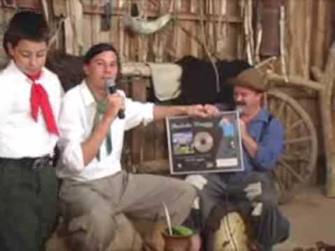 Paulinho mixaria recebe disco de Platina  no Programa Querência bloco 3