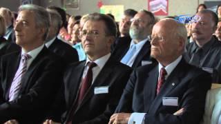 Acht SIS Schulen bekommen den Namen Carl Hahn in Glauchau (Sachsen)  17.08.2009