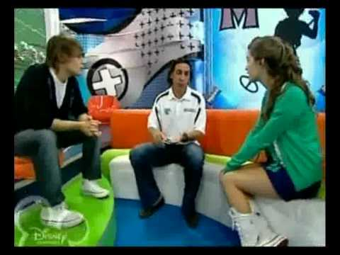 Martín Gramática en Zapping Zone - Disney Channel - 1ra parte