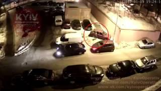 Угон автомобиля Mazda CX9(Видео с места угона автомобиля #Mazda #CX9 на ул. Наталии Ужвий 19.01.2017., 2017-01-27T21:46:34.000Z)