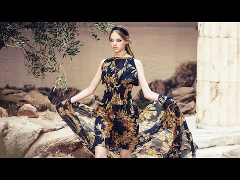 Chanel | Cruise 2018 Full Fashion Show