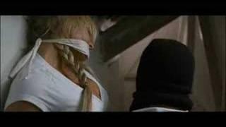 Repeat youtube video BIENVENUE AU COTTAGE : la bande-annonce