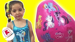 My Little Pony GIANT Surprise Egg Unboxing - Princesses In Real Life | WildBrain Kiddyzuzaa