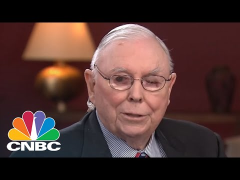 Munger: It Would Be Insane For US And China Not To Develop A Constructive Relationship | CNBC