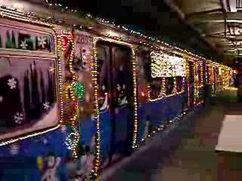 Chicago El Subway Christmas Train Spectacular! - YouTube