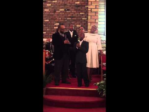 "Kurt Carr and Timiney Figueroa sing "" I Believe God"" at Mother Tina Gates Homegoing service"