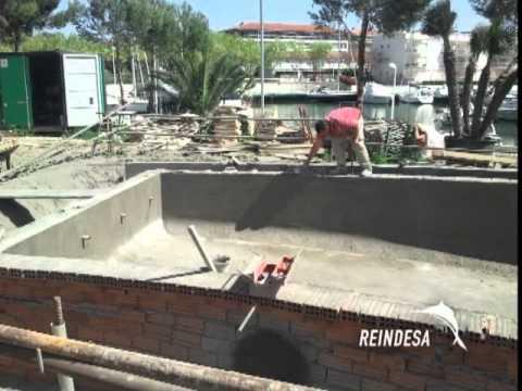 Reindesa construcci n de una piscina youtube for Construccion de una piscina