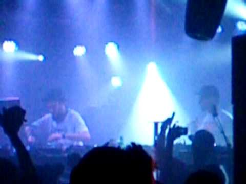 The First 4:20 of Duck Sauce Live @ WMC 2010 Fool's Gold Party