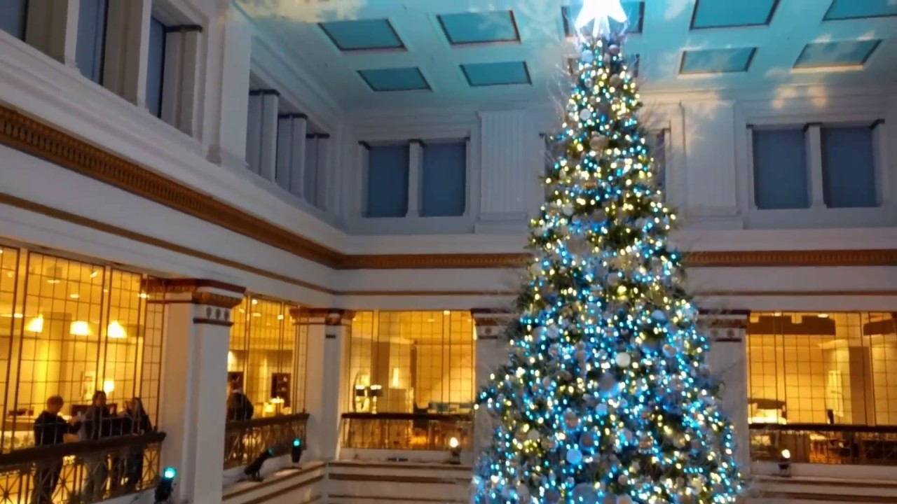 Chicago Macy\'s Christmas Tree The Walnut Room original Marshall ...