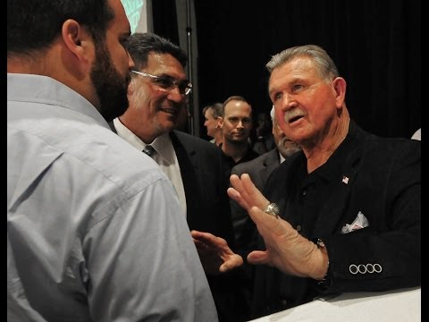 Fans Meet Mike Ditka At Charlotte Touchdown Club