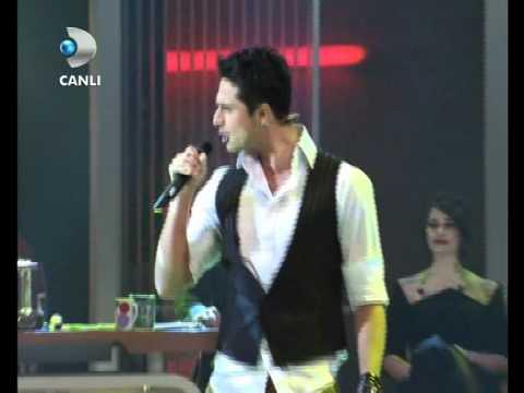 Gökhan Keser & Sıla - Hadi Ordan { Beyaz Show } 17.02.2012