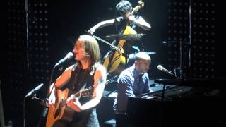 Sophie Hunger  - Shape (HD) Live in Paris 2013