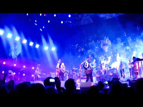 Arcade Fire - We Exist (Live 2014 @Target Center, Downtown Minneapolis)