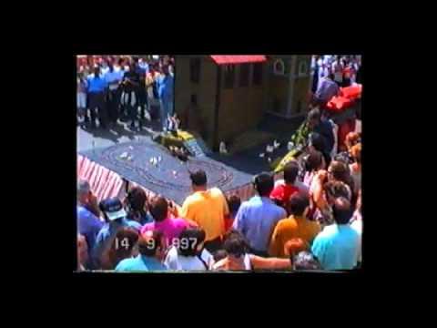 """1997 carro """"San Rocco ed il monsignore"""" – rione Capriglia (San Mauro)"""