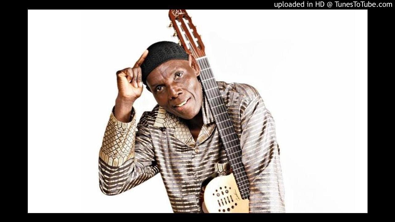 Download Oliver 'Tuku' Mtukudzi - Ndine Mubvunzo