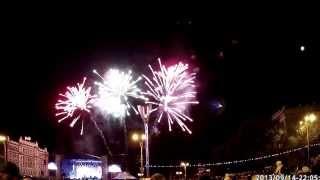 видео День города Ростов-на-Дону 2013. Люди идут  по Садовой