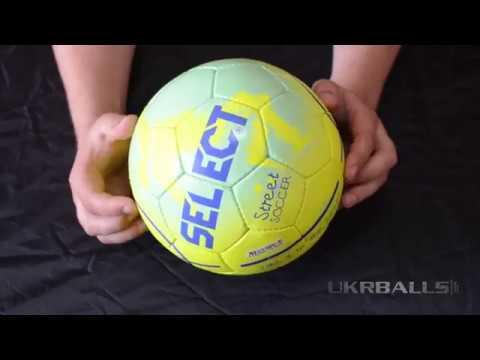 футбольний м'яч фото