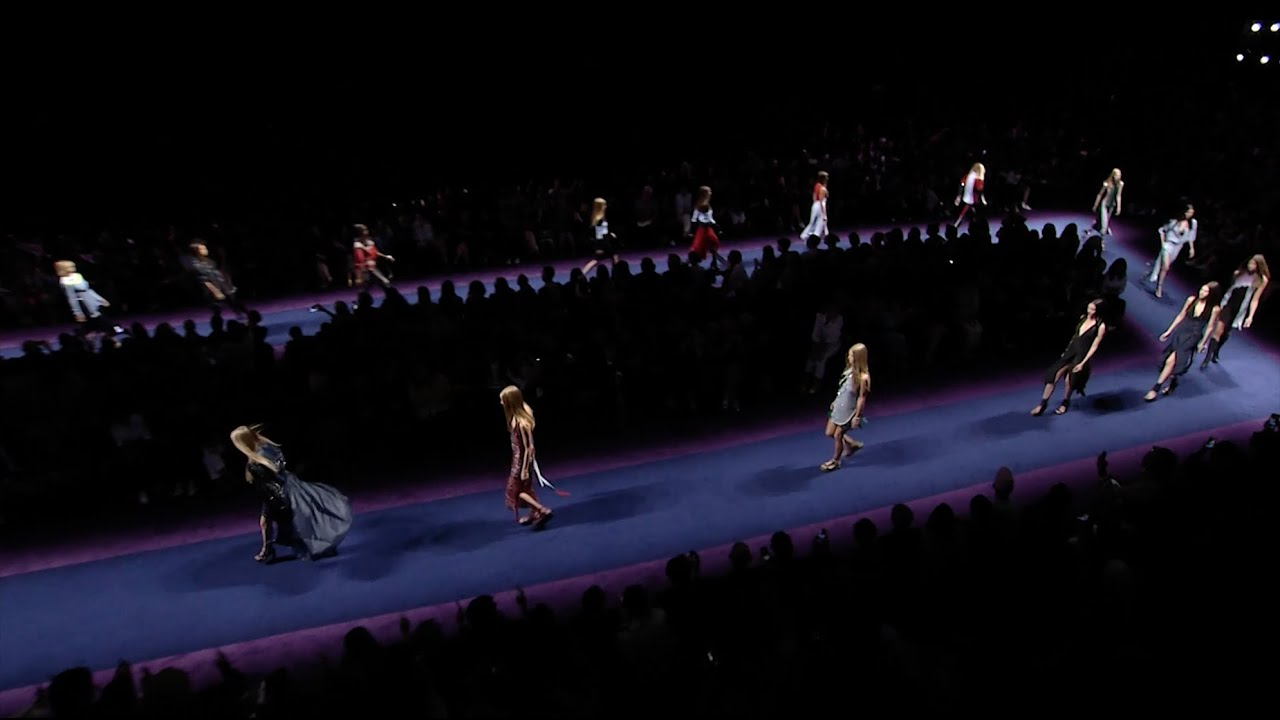 Versace Women's Spring Summer 2017 Show