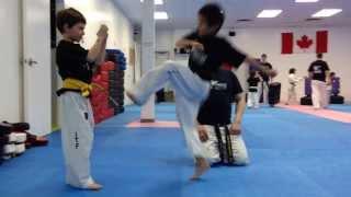 Zébulon passe la ceinture orange de Taekwondo