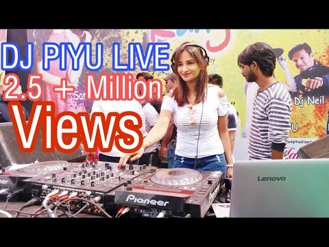 DJ PIYU Playing Live In Dhule Holi Festival With Sana Khaan